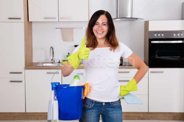 ストックフォト: 幸せ · 女性 · 洗浄 · キッチン · 小さな
