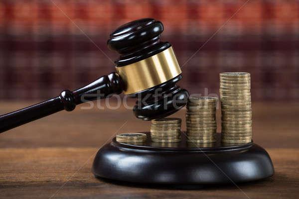 コイン 法廷 クローズアップ 表 お金 ストックフォト © AndreyPopov