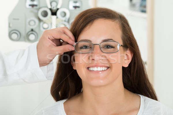 мужчины оптик очки лице улыбаясь Сток-фото © AndreyPopov