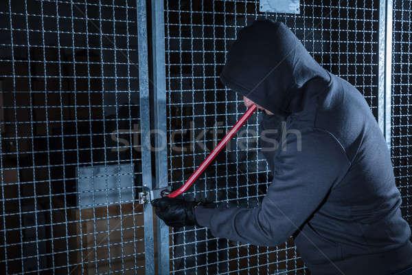 Betörő törik kapu tároló fém szoba Stock fotó © AndreyPopov