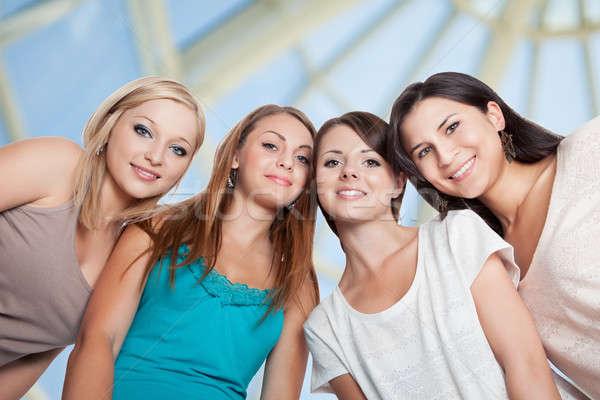 Сток-фото: четыре · глядя · вниз · мнение · женщины