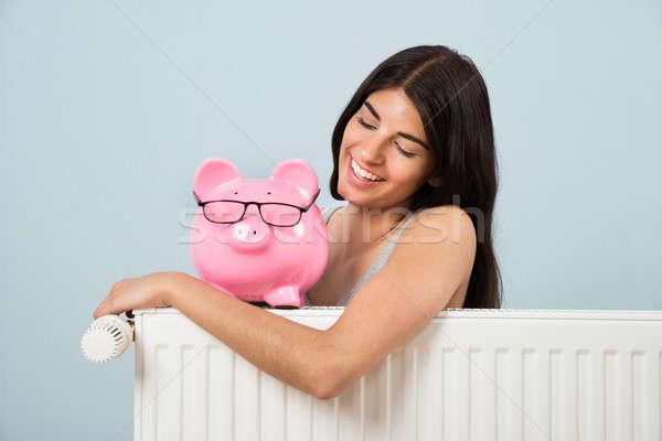 Mulher radiador mulher jovem rosa Foto stock © AndreyPopov