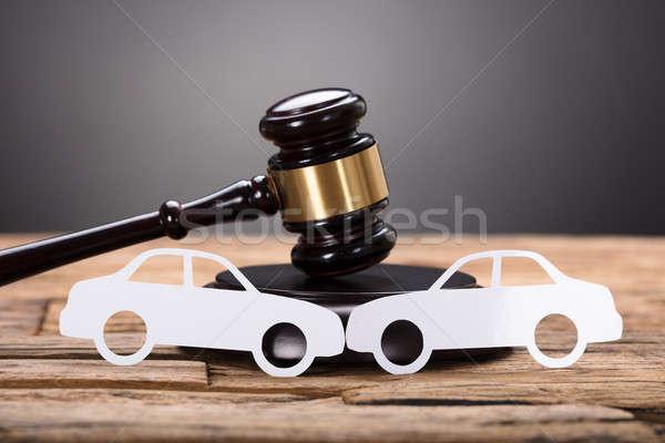 Autó kár értékbecslés közelkép papír autók Stock fotó © AndreyPopov