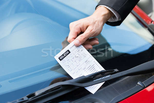 Parkeren ticket auto windscherm man Stockfoto © AndreyPopov