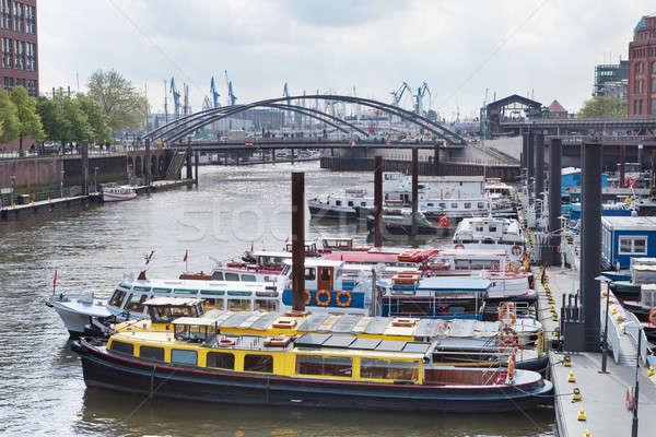 Hamburgo Alemanha navios armazém distrito escritório Foto stock © AndreyPopov
