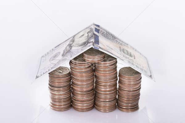家 コイン 孤立した 白 お金 金融 ストックフォト © AndreyPopov