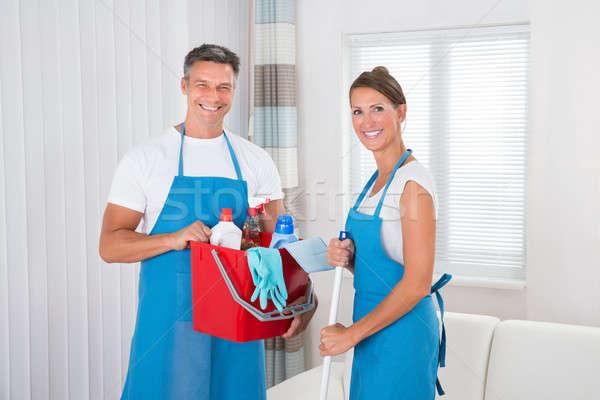 Сток-фото: очистки · оборудование · два · счастливым · профессиональных · домой