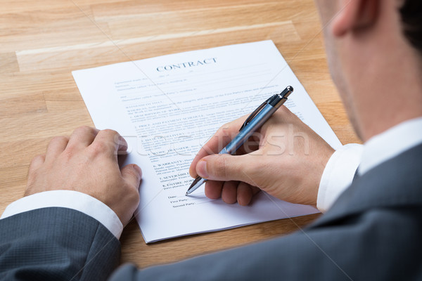 Affaires signature contrat document bureau image Photo stock © AndreyPopov
