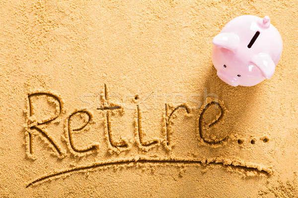 Nyugdíj takarékosság magasról fotózva kilátás tengerpart pénz Stock fotó © AndreyPopov