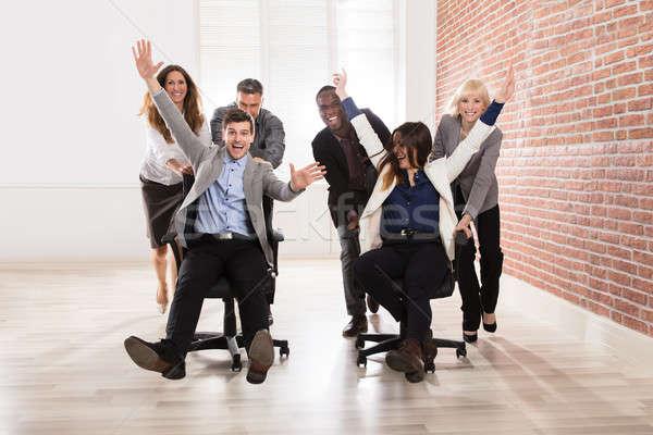 üzletemberek készít jókedv iroda csoport sokoldalú Stock fotó © AndreyPopov