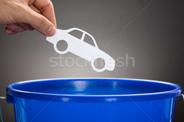 Mano carta auto blu secchio Foto d'archivio © AndreyPopov