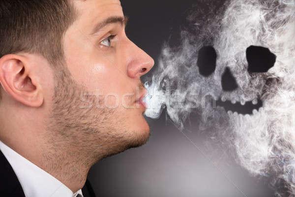 Stok fotoğraf: Adam · sigara · içme · kafatası · biçim · yüz