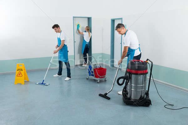 очистки коридор группа оборудование стены двери Сток-фото © AndreyPopov