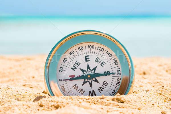 Magnético prata bússola areia praia textura Foto stock © AndreyPopov