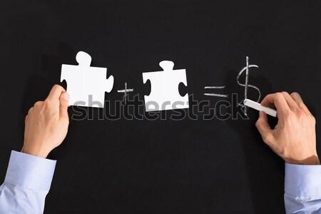 Foto stock: Dinheiro · lousa · pessoa · giz · escritório