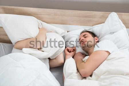 カップル 寝 ベッド ルーム 妻 耳 ストックフォト © AndreyPopov