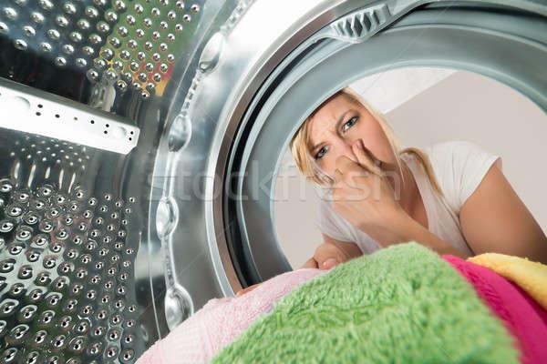 Kobieta ubrania pralka młoda kobieta technologii Zdjęcia stock © AndreyPopov
