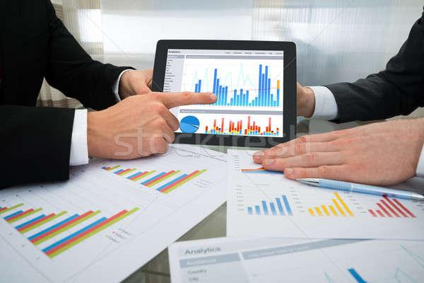 два бизнесмен графа цифровой таблетка Сток-фото © AndreyPopov