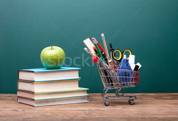 канцтовары корзины книгах яблоко Сток-фото © AndreyPopov