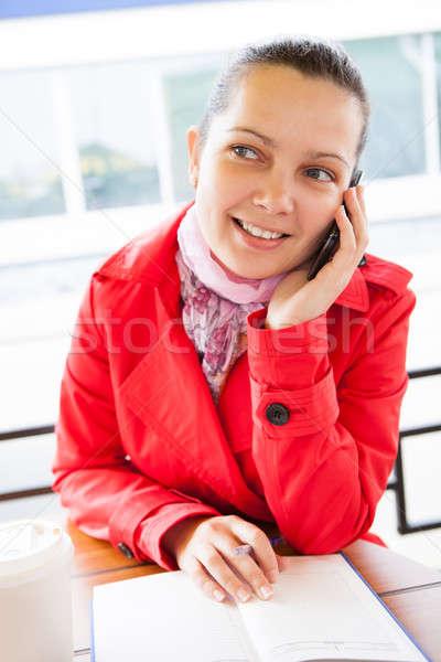 ストックフォト: 幸せ · 女性 · 見える · 日記 · 話し · 携帯電話