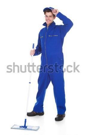 Retrato homem esponja spray pronto limpar Foto stock © AndreyPopov