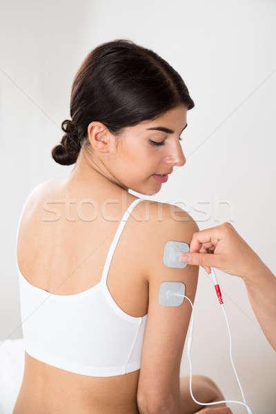 Vrouw therapie hand jonge vrouw medische Stockfoto © AndreyPopov