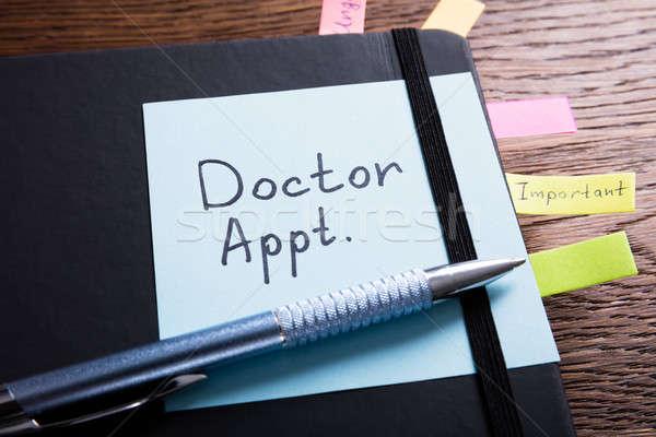 Diario médico nombramiento escritorio vista Foto stock © AndreyPopov