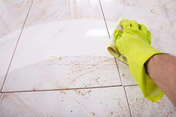 Hände Gummihandschuhe Küche Fliesen Arbeit Stock foto © AndreyPopov