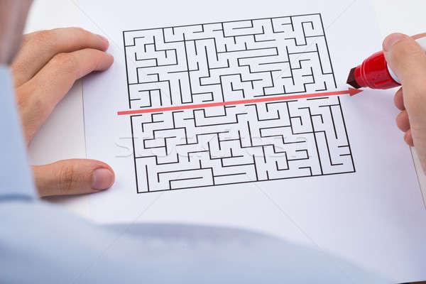 Foto stock: Pessoa · desenho · em · linha · reta · vermelho · linha · labirinto