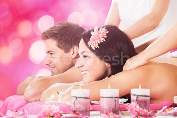 Photo stock: Couple · épaule · massage · jeunes · souriant