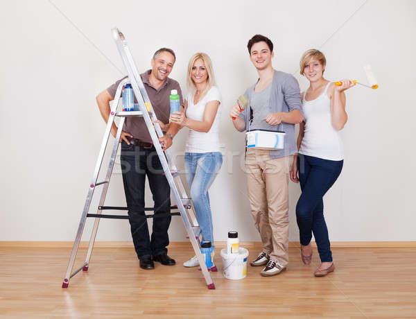Maison entretien réparation équipe tous quatre Photo stock © AndreyPopov