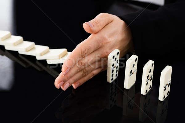 üzletasszony tömés asztal közelkép kéz zuhan Stock fotó © AndreyPopov