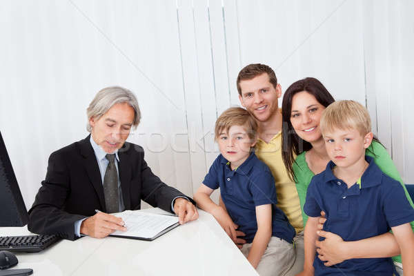 Famille affaires bureau jeunes Consulting Photo stock © AndreyPopov
