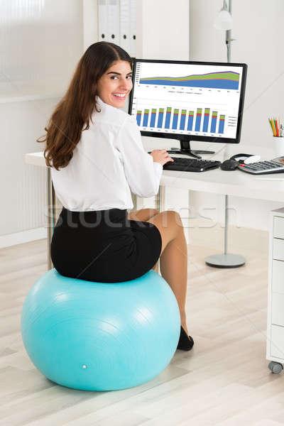 Foto stock: Empresária · sessão · exercer · bola · retrato