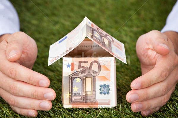 рук евро дома травянистый землю отмечает Сток-фото © AndreyPopov