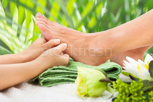 Masseurin Fuß Bild Blätter Stock foto © AndreyPopov