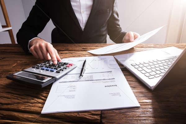 Zdjęcia stock: Strony · rachunek · biuro · laptop · biurko