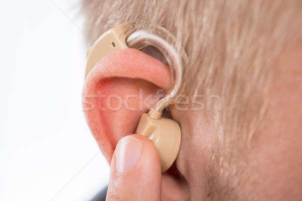 Man gehoorapparaat oor medische Stockfoto © AndreyPopov