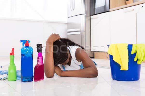 женщину кухне полу чистящие средства устал молодые Сток-фото © AndreyPopov