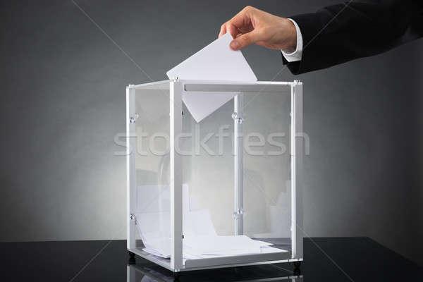 Işadamı oylama kutu eller büro Stok fotoğraf © AndreyPopov