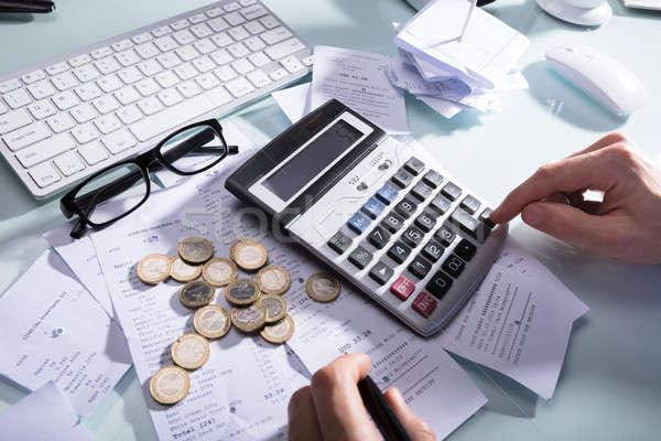 ビジネスパーソン 領収書 電卓 手 コイン 眼鏡 ストックフォト © AndreyPopov