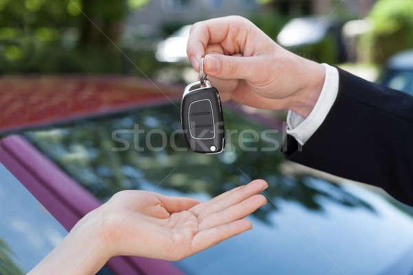セールスマン キー 女性 新しい車 画像 ビジネス ストックフォト © AndreyPopov