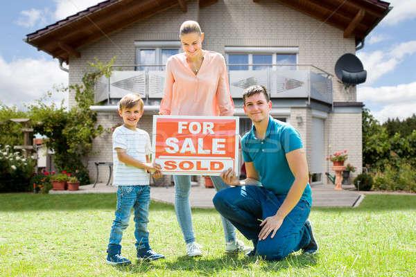 Stock fotó: Család · vásár · felirat · kívül · otthon · portré