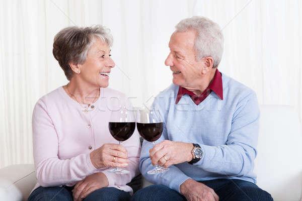 Casal de idosos vidro vinho amor Foto stock © AndreyPopov