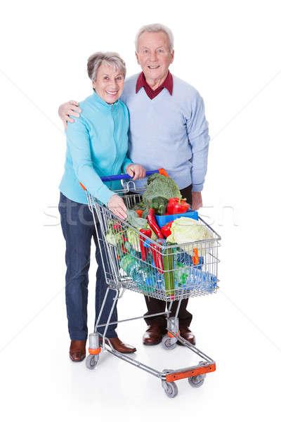Foto stock: Casal · de · idosos · compras · legumes · retrato · feliz · legumes · frescos