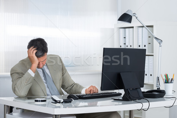 Moe zakenman hoofd hand bureau Stockfoto © AndreyPopov