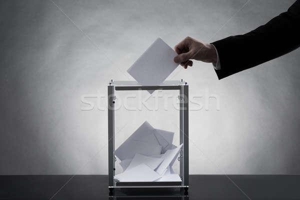 Kéz szavazócédula üveg doboz közelkép üzlet Stock fotó © AndreyPopov