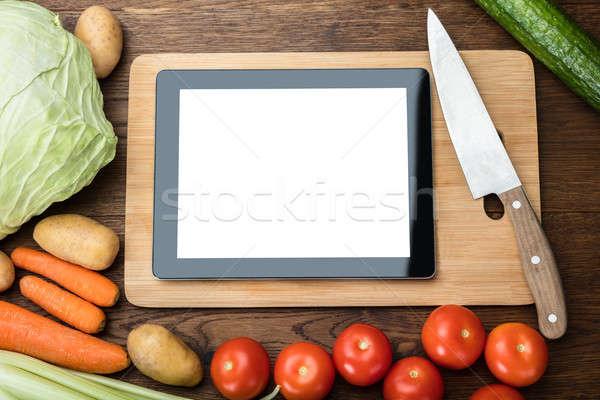 Dijital tablet taze sebze tablo bilgisayar Stok fotoğraf © AndreyPopov
