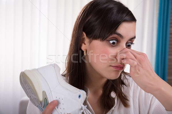 Mujer zapato primer plano mano Foto stock © AndreyPopov