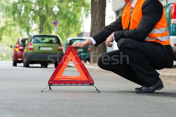 Rosso allarme triangolo rotto giù auto Foto d'archivio © AndreyPopov